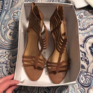 Woman's brown 3 inch heels